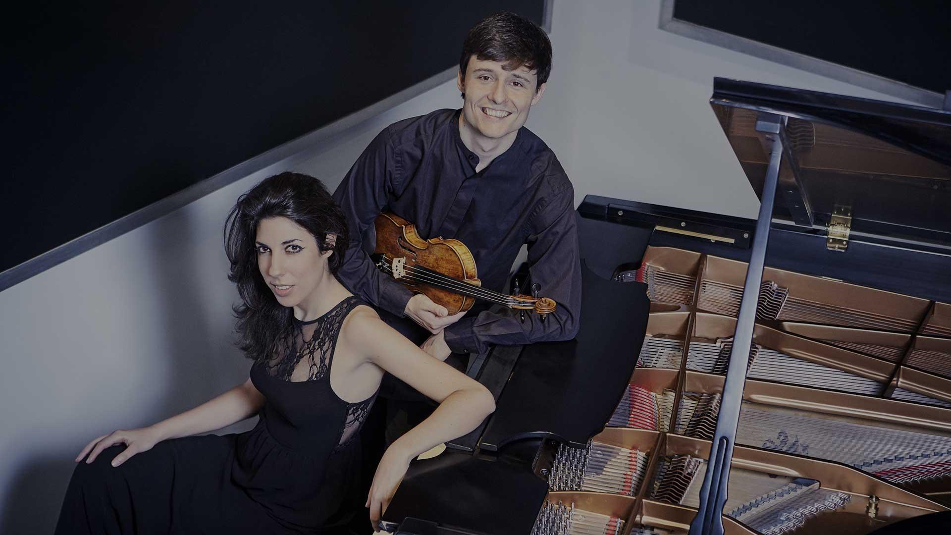 En Provincia: Alejandro Bustamante y Patricia Araúzo